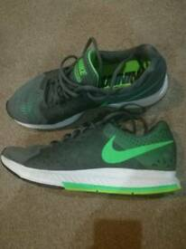 Nike mens trainers size uk 10