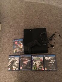 PS4 with 1 control 5 games