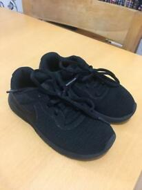 Black Nike Trainers boys size 11