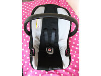 CAR SEAT FROM BIRTH WITH CARRY HANDLE 0-13Kg VERY GOOD CONDITION
