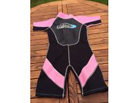 """Girl's shortie wetsuit size 28"""" chest"""