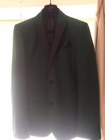 Next men's suite and tie and pocket sqaure