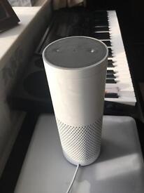Amazon Echo Alexa White mint condition boxed