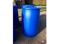 210 LITRE BLUE PLASTIC BARREL, POLLY BARREL, WATER BUTT, STORAGE BARREL.