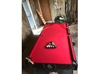 Pool Table: Hy-Pro 5ft Pool Table