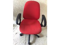 Red Office Chair With Arm Rests