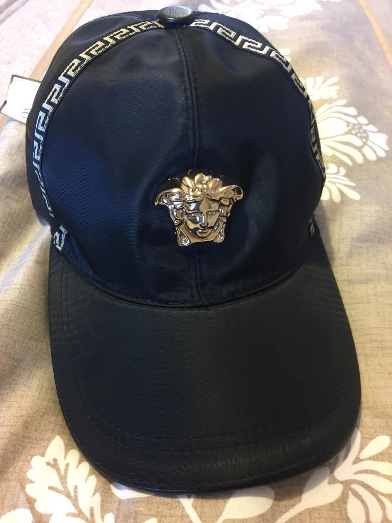 50d27796c76 Versace cap