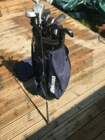 Age 10-15 golf clubs - great condition, full set with bag