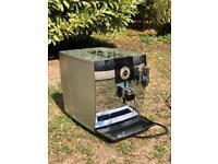 Jura impressa J9 one touch coffee machine