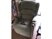Celebrity Massage, Heating and Tilting Chair