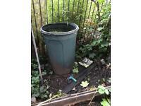 Free water barrel