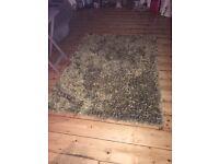 Shaggy rug (pet&smoke free home)