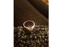 """Hand made Size """"M"""" engagement ring white gold"""