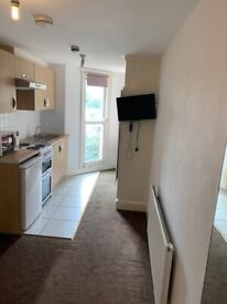 Studio Swiss Cottage for long Let's £1000 pcm all bills included