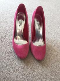 Pink shoes new look size 4