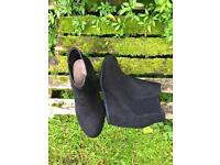 Black boots UK 3 size £10