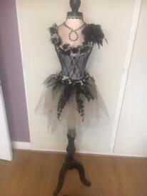 Mannequin ballet style