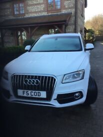 Audi Q5 S line tdi quatro only 11800 miles this car is as new except a few marks on 3 of the wheels
