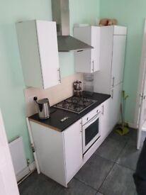 2 bedroom flat for rent springwell lane balby