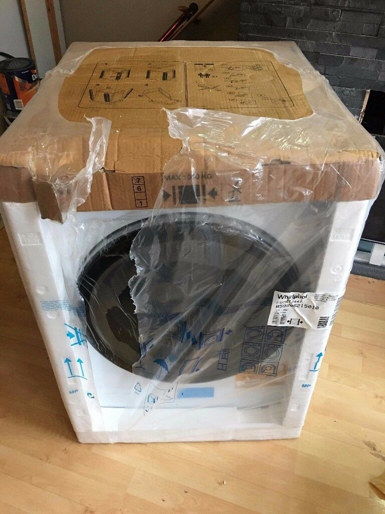BRAND NEW UNOPENED WHIRLPOOL FSCR12441 WASHING MACHINE WITH 5 YEARS WARRANTY FOR SALE (BARGAIN PRICE