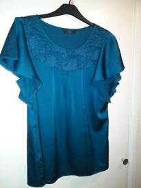 Various ladies clothing size 20-24 (individually priced or will sell as bundle for discount)
