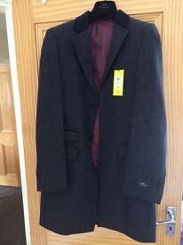 Mens Moss Bros Black Overcoat in Slim fit 38R with Velvet collar (Unworn, Like New)