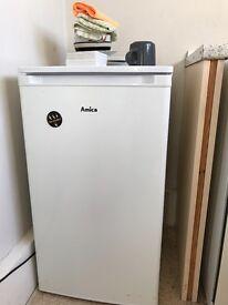 Amica fridge small box freezer 30 pounds great condition