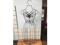 Lovely Metal Mannequin Hanger