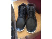 Men's boots brand new