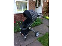 Stokke Xplory v4 limited edition pinstripe in great condition with raincover
