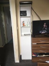 Shelves unit