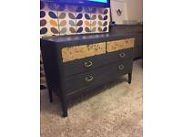 Chest of drawers / sideboard / dresser
