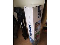 used Velbon DF-51 camera tripod Mint Condition