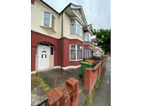 Superb 4 bedroom house in Eustace Road E6
