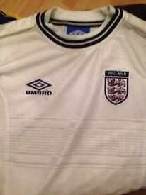 England shirt white size 146