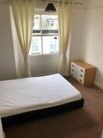 Double Room in friendly shared house in Callington town centre