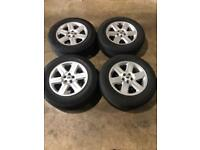 """Set of 17"""" genuine Land Rover alloy wheels and tyres Freelander 2 discovery sport evoque"""