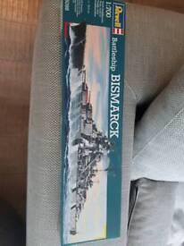 Bismarck model battleship