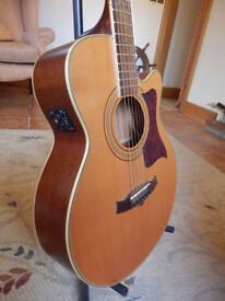 Tanglewood TW-145SC Premier Series Guitar. Solid spruce top.