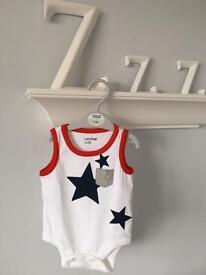 NEW Gap Baby Boys Vest Romper Bodysuit Red White Blue Stars 0-3 Months RRP £9.99
