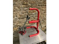 strapping machine (red)