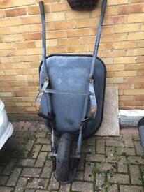 Large wheelbarrow equestrian barrow