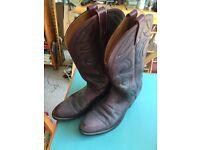 Men's cowboy boots - size 9