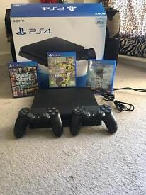 PS4 slim 500g, 2 controllers & 3 games