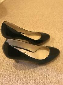 Black Size 8 - Only Tried On