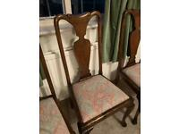 4 Beautiful Mahogany Wooden Antique Chairs