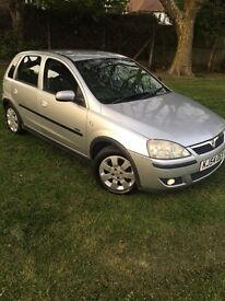 Automatic Vauxhall corsa very good condition, with 1year MOT £700