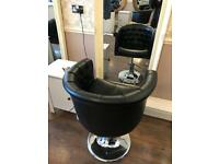 6 Black Hairdressing hydraulic chairs