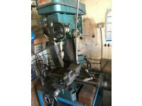 Bench mounted milling machine