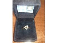 Stunning 1ct diamond solitaire ring